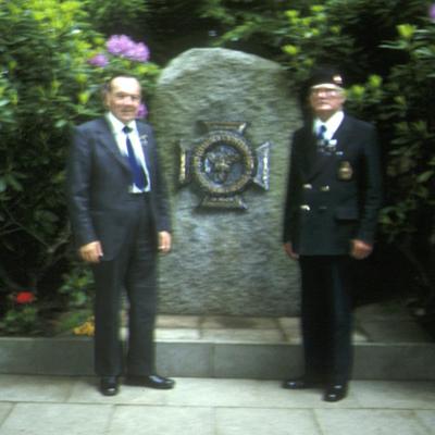Ken Clark and another Hood veteran at the Bismarck memorial