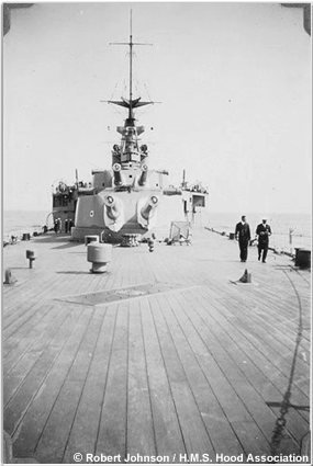 Hood as seen from near the very end of her quarterdeck, circa 1933 or 1934