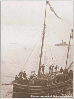 Visitors arriving by boat at Kalmer, Sweden