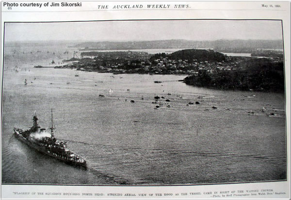 Hood in Aukland, New Zealand, May 1941